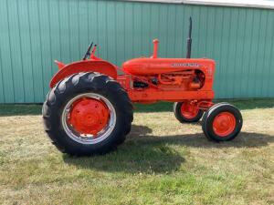 Allis Chalmers WD-45 diesel tractor Parade ready