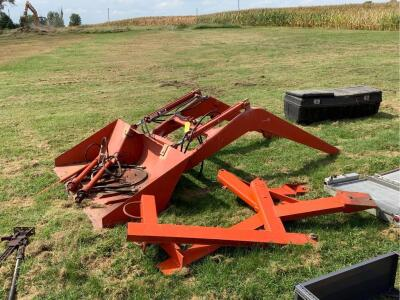 Loader bucket off of Allis Chalmers tractor