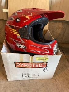 Full face motorcycle helmet with visor-some imperfections Size large