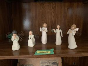 Five Willow Tree figurines