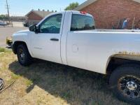 2008 Chevy Silverado pickup, 4x4, auto, runs, seat belts inoperable, Vortex V8 - 2