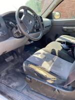 2008 Chevy Silverado pickup, 4x4, auto, runs, seat belts inoperable, Vortex V8 - 8