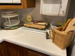 Cutting boards, utensils and holder, egg timer, trays, pastry toaster (bring tools to remove)