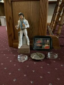 "Viva Las Vegas baby!  Elvis decanter plays ""Love Me Tender"", three ashtrays and a small decorative tray"