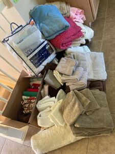 Towel sets, bathroom rugs, blankets, mattress pad