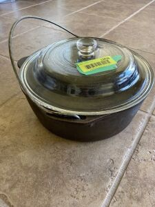 "10"" cast iron Dutch oven w/ glass lid"
