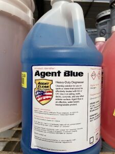1.75 gallons Agent Blue heavy-duty degreaser
