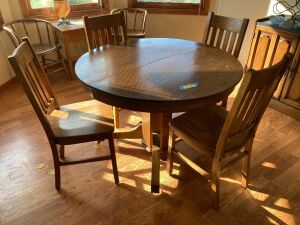 "42"" round x 30"" oak dining table for four"