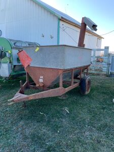 Heider Model 2 auger feed wagon 5 ft x 7 ft Not sure of bushel size