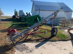 6-in x 20-ft transfer auger with carriage and electric motor