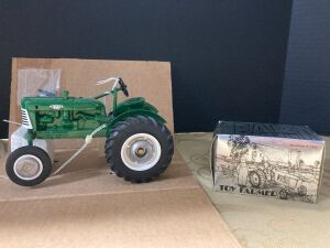 Spec-Cast 1/16 Oliver 440 tractor 30th Anniversary 1 of 2500 and a NIB Ertle 1/43 National Farm Toy Show Collectible