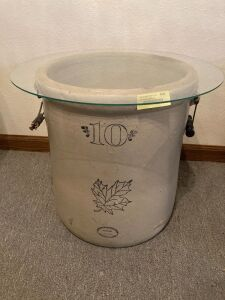 10 gallon Western Stoneware crock w 19 inch glass top Wire/wood bale handles intact, wood is damaged on one