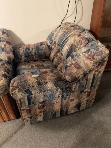 United Furniture Industries overstuffed arm chair and matching 5 ft. loveseat Matches sofa in Lot 4764  **Pick up for this item will be at 5:30pm**