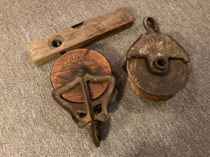 12 in. level, one pully marked Myers and the other marked Loude Fairfield, IA
