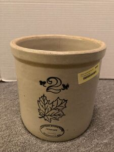 Western Stoneware 2 gallon crock Has crack in bottom and up side