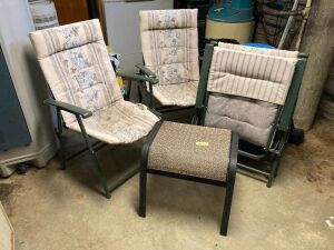 4 more folding patio chairs and an ottoman