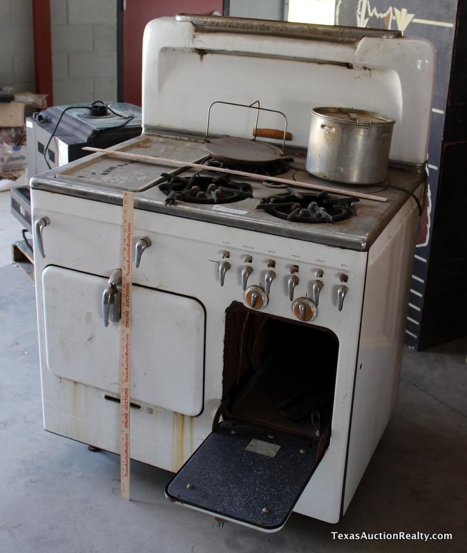 Fireplaces, Stoves & More Auction - Online Only (#41418) 07/28/2014 10:00  AM CDT - 08/21/2014 10:48 AM CDT CLOSED!