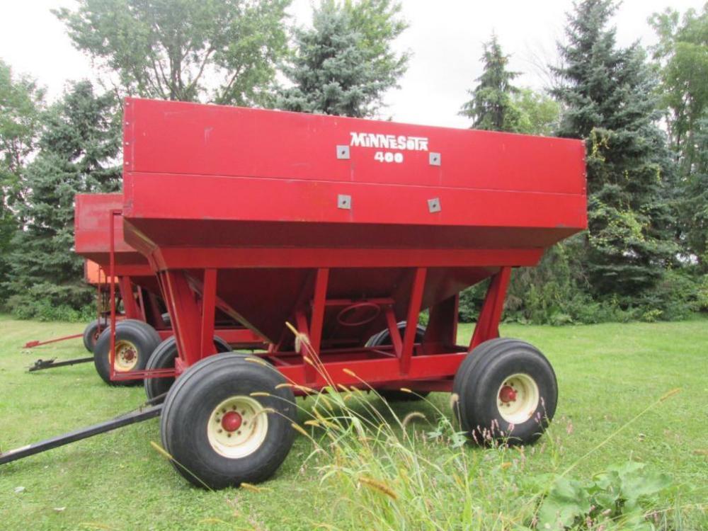 Minnesota 400 Gravity Box On Minnesota 14ton Running Gear