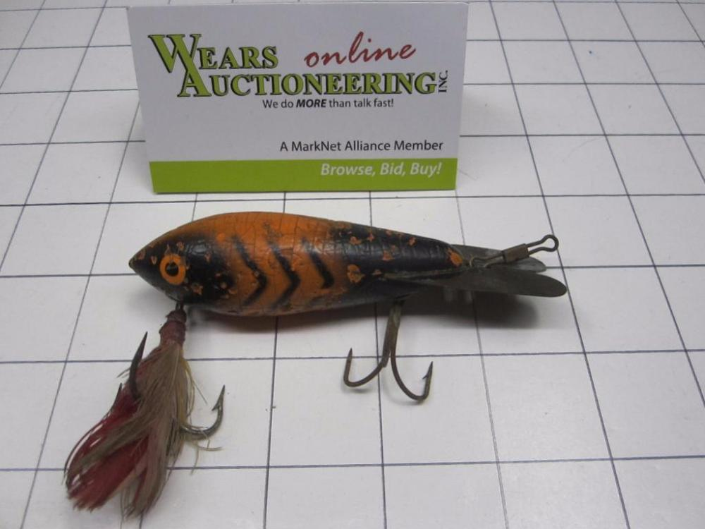 Vintage Bomber wooden fishing lure Luxon tie double inset