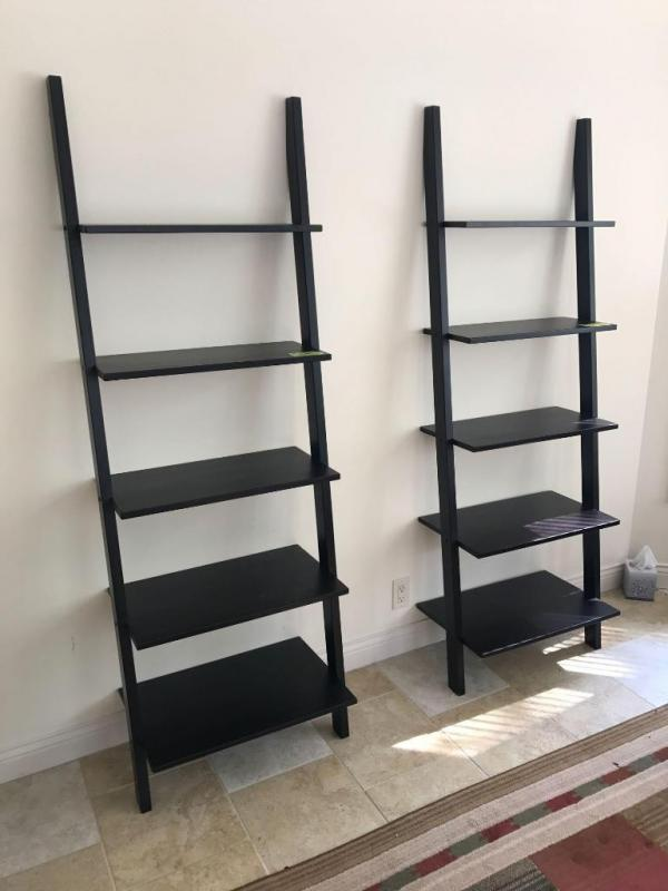 Lot 5376 Of 143 Pair Black Wood Leaning Bookshelves 25 Wide 6 Foot Tall With Five Shelves