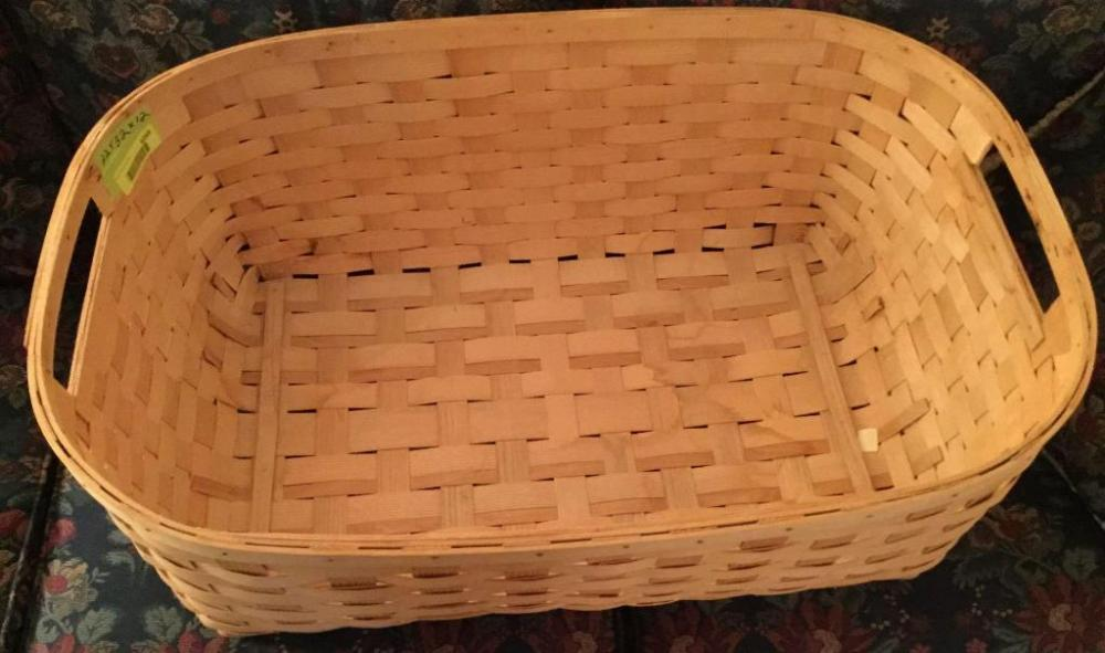 Lot 6269 Of 328 Extra Large Woven Basket With Two Handles 32 X 22 12