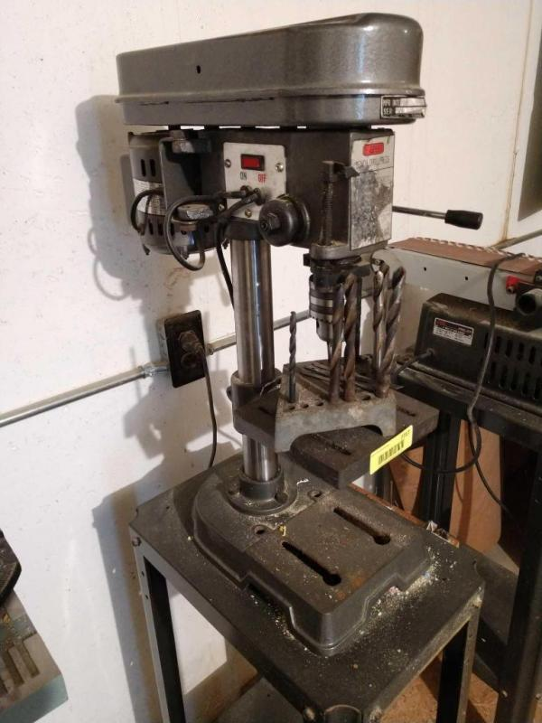 Small benchtop drill press with bits 5-speed