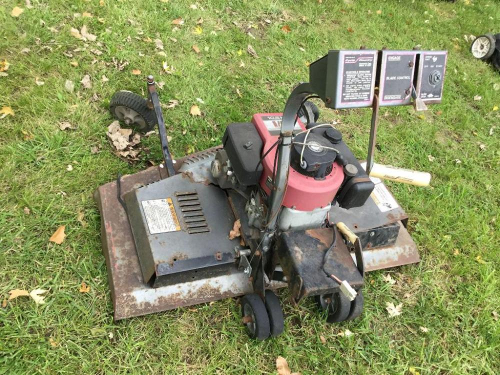 Cycle Country 10 5 hp Front mounted mower for quad Briggs
