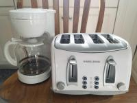 Black & Decker 4 slice toaster and 12 cip coffee maker